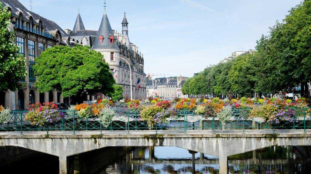 Parcs et jardins ville de quimper for Piscine quimper