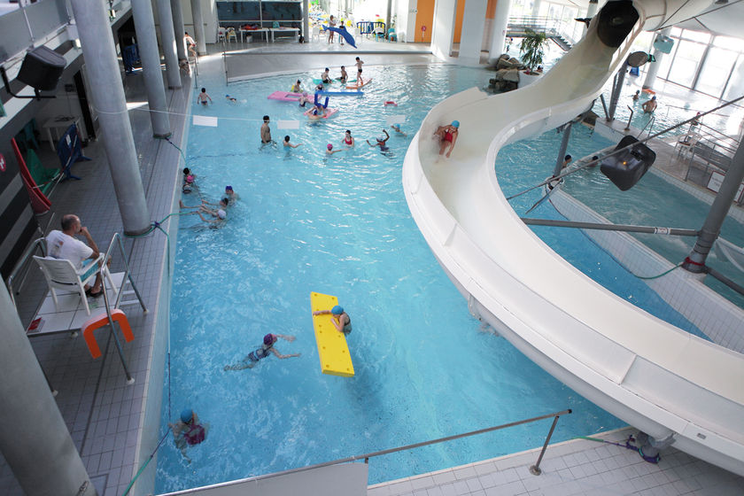 Les piscines ville de quimper for Piscine coulommiers horaires