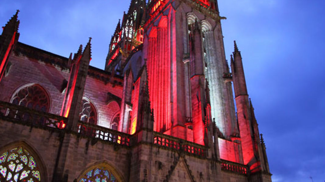 ILLUMINATIONS CATHEDRALE 2020 0006