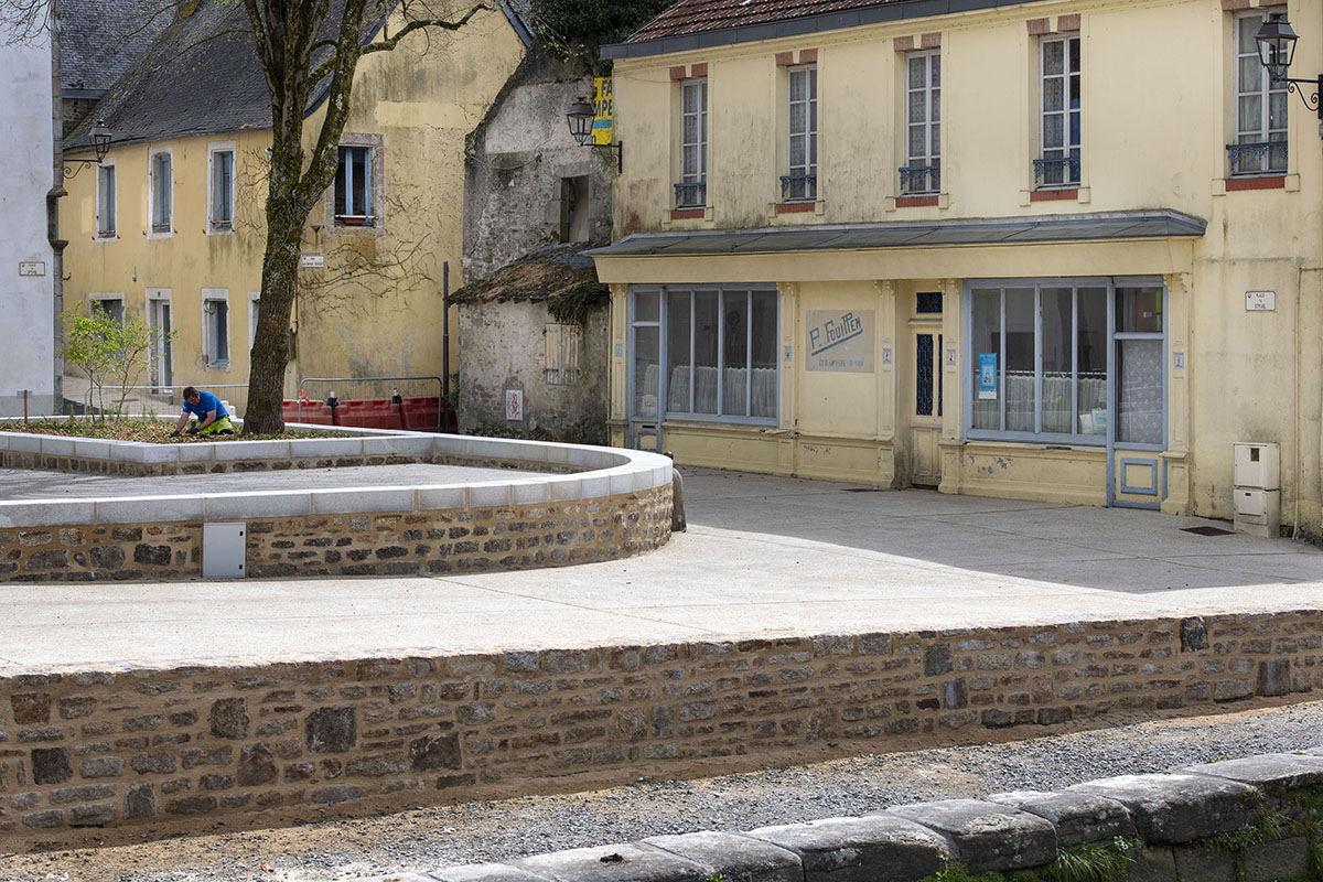 Quartier Locmaria – La place du Stivel continue sa transformation !
